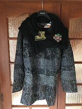 Manteau Desigual by C.Lacroix Tribunal noir taille 42 valeur 299 €