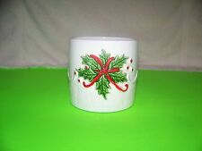 Lefton  Christmas   planter with holly and snowflakes #03719
