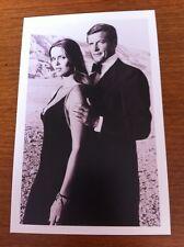 James Bond Postcard - The Spy Who Loved Me - Major Anya Amasova & Bond - NEW