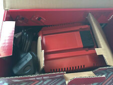 NUOVO Hilti C caricabatterie 4/36 PER Lithium Ion Battery. 230 VOLT