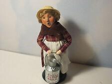 Byers Choice 2002 Exclusive Christmas Loft Farm Girl with Farm Fresh Milk