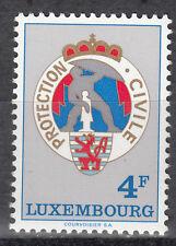Luxembourg / Luxemburg 910** 15 Jahre Zivilschutz