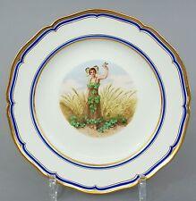 (K184) KPM Zierteller, junge Dame im Blütenkostüm, Sumpf-Klee darstellend