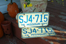 1975 MISSOURI SJ4-715 VINTAGE SHOW ME STATE TRUCK / CAR LICENSE PLATE PAIR
