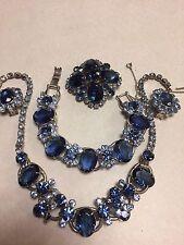 Vtg Juliana D&E Blue Rhinestone Necklace Bracelet Earrings Brooch Grand Parure