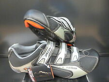 SPECIALIZED COMP CARB ROAD SHOE SIZE 37