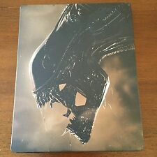 ALIENS VS PREDATOR - PS3 - BLURAY DISC - SEGA - 2010 - STEELBOOK - ESTUCHE LATA