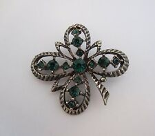 Vintage Four Leaf Clover Design Brooch Pin Green Stones Open Silver Tone Metal