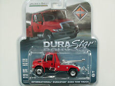 International Durastar 4400 Tow Truck rot, Greenlight 1:64 limited Edition