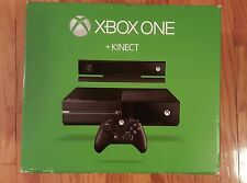 Microsoft Xbox One with Kinect 500 GB Black Console (7UV-00077)