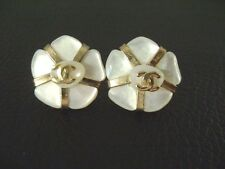 Auth Chanel Vintage White & Gold Mother Of Pearl Camellia Pierce Earring(01A)