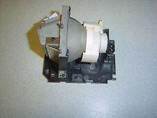 SMART uf55 lampada e l'involucro (1126 ore registrate) OSRAM 200w funzionante ref sm7