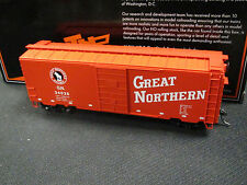 MTH HO Scale 40-foot PS-1 Boxcar  - Great Northern GN 34026 - 85-74132