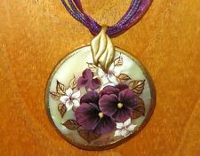 Russian hand painted UNIQUE MOP SHELL PENDANT Pansy FLOWER Purple & Gold PANSIES