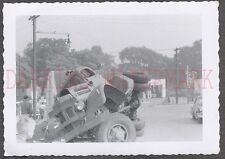Vintage Photo Unusual Late 1940s White Truck Wreck 671113