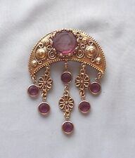 Vintage GOLDETTE Carved Amethyst Glass Cameo Intaglio Dangle Glass Brooch/Pin