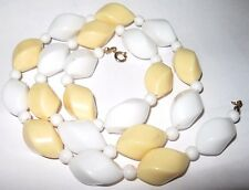 VINTAGE 1950's YELLOW White LUCITE Early Plastic BEAD Costume Jewellery NECKLACE
