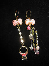 Betsey Johnson RARE DOLL HOUSE WITH RING AND BOW DANGLE EARRINGS