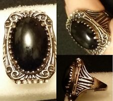 EXQUISITE CARVED ANCIENT GOLD PLATED ALLOY BLACK AGATE RING, SIZE 7