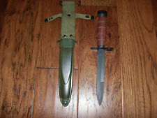 U.S MILITARY WWII REPRODUCTION CARBINE BAYONET WITH M-8 SCABBARD