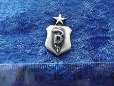 (A3-54) US Air Force Senior Dental Nurse Badge matt.