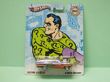 FORD FAIRLANE 8 CRATE DELEVERY ENIGMA RIDDLER DC COMICS HOT WHEELS 1/64