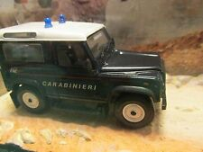 JAMES BOND CARS COLLECTION LAND ROVER DEFENDER CARABINIERI QUANTUM OF SOLACE
