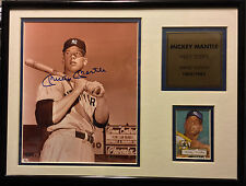 MICKEY MANTLE SIGNED 8X10 AUTO FRAMED & MATTED 1952 TOPPS #/1952 SCOREBOARD COA