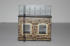 OO Scale Hornby R505-010  Stone Water Tower  Built Building