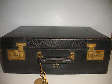 Vintage St. Dupont French leather travel case with keys