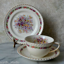 Johnson Brothers - QUEEN'S BOUQUET TRIO TEA CUP SAUCER PLATE SET, Old English