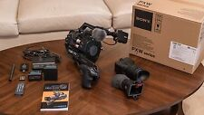 Sony PXW FS7 4K XDCAM with microphone, Z-Finder, and more - Excellent Condition