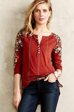 TINY Anthropologie Burgundy Floral Embroidered EDELWEISS TEE Split Neck Top XS