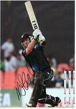 NATHAN MCCULLUM - Signed 12x8 Photograph - N ZEALAND CRICKET