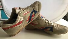 Vintage MENS Reebok Classic Track and field Shoes Track shoes light brown Size 7