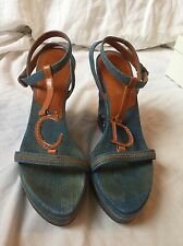 CHRISTIAN DIOR BLUE DENIM & BROWN LEATHER FLORAL EMBROIDERED WEDGE SIZE 38 / 8
