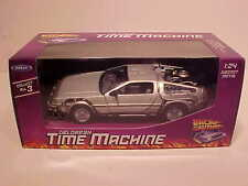 1981 DeLorean BACK TO THE FUTURE Part 1 Time Machine Die-cast 1:24 Welly 7 inch
