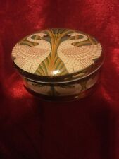 Beautiful Porcelain Trinket Box Two Swans Face To Face,Gold & Green Foliage