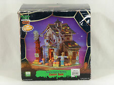 Lemax Spooky Town Lighted CREEPY BARN w/ Adapter - Box