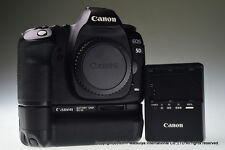 CANON EOS 5D Mark II with BG-E6 Battery Grip Excellent