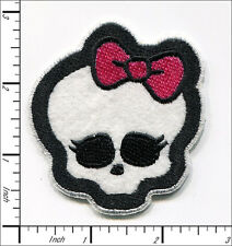 20 Pcs Embroidered Iron on patches Girly Skull Bow 6.5x7cm AP020kA
