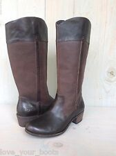 UGG CASSIS TALL LODGE BROWN DISTRESSED LEATHER WESTERN BOOTS  US 10 EU 41 NEW