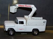 1959 59 FORD ELECTRIC COMPANY BUCKET TRUCK 1/64 SCALE DIECAST COLLECT - DIORAMA