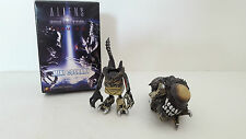 2007 Hot Toys Alien Vs Predator Requiem Predalien Mini Cosbaby Figure