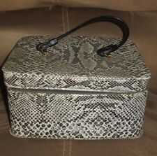 VINTAGE LADIES White Faux Reptile TRAIN CASE COSMETIC BAG SUITCASE LUGGAGE