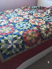 MULTI-COLOR RED BETTER HOMES COMFORTER FOUR PATCH FULL / QUEEN QUILT