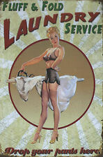 PLAQUE DECORATIVE PIN UP / LAUNDRY SERVICE -30 X 20 CM -NEUVE-DECO USA -VINTAGE