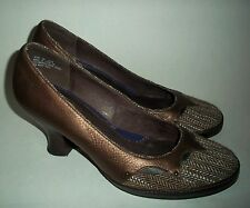Clarks Indigo Platform Classic Pumps Womens sz 9 Med 83367 Leather Brown Heels
