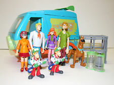Hanna Barbera The Mystery Machine Van with Scooby-doo Action Figures Toys