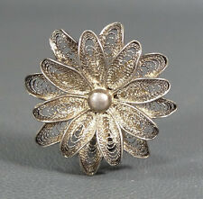 1880's IMPERIAL RUSSIAN STERLING SILVER FILIGREE FIGURAL DAISY FLOWER BROOCH PIN